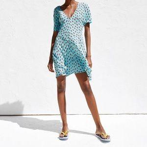 Blue dress with lip print patterns